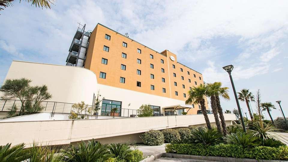 Apulia Hotel Palace Lucera & Spa - EDIT_FRONT_01.jpg