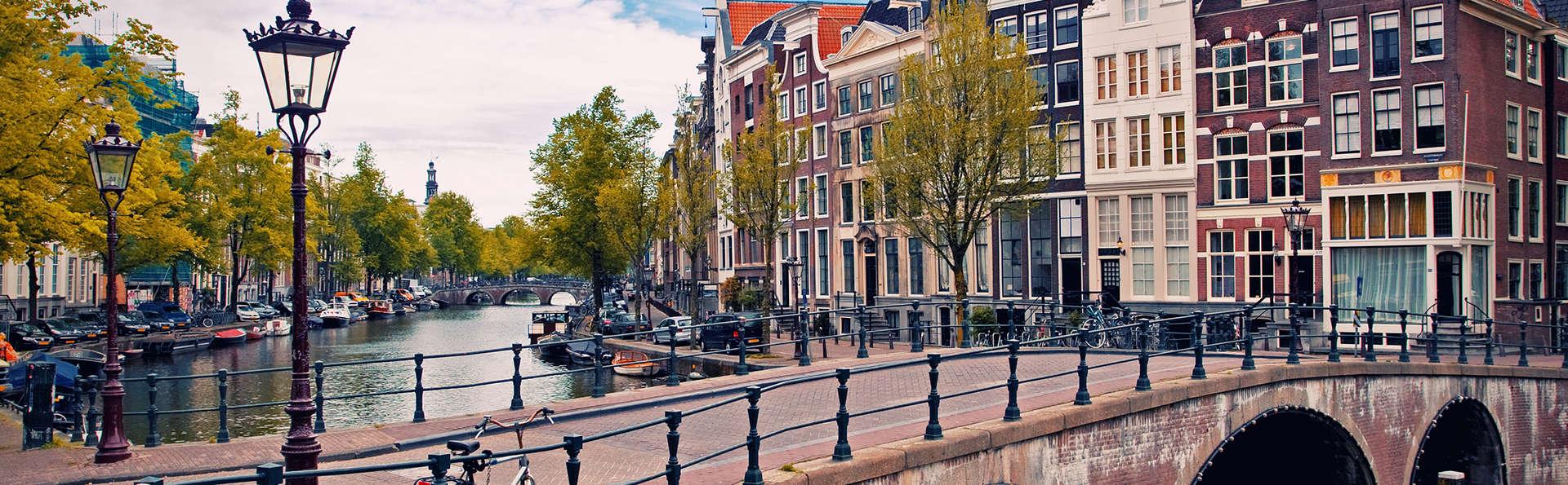 Descubre los barrios más bonitos de Ámsterdam en bicicleta