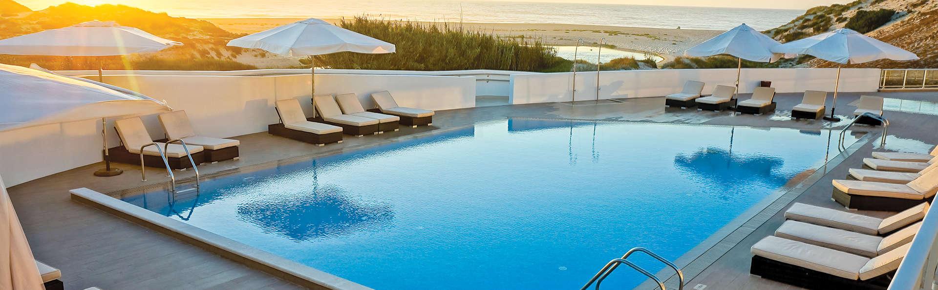 Escapada en Praia D'El Rey, con copa de bienvenida y descuento en tratamientos de Spa