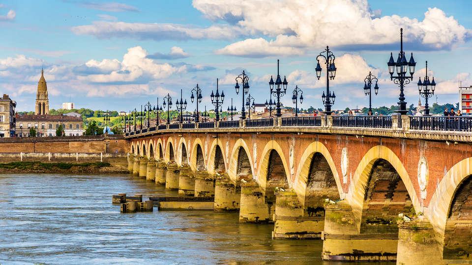 Domaine de Raba - Edit_Bordeaux3.jpg
