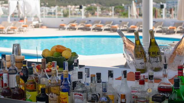 THB Ocean Beach Hotel Adults Only