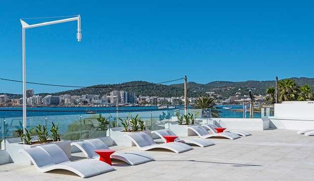 Alojamiento y desayuno en un encantador hotel en Ibiza