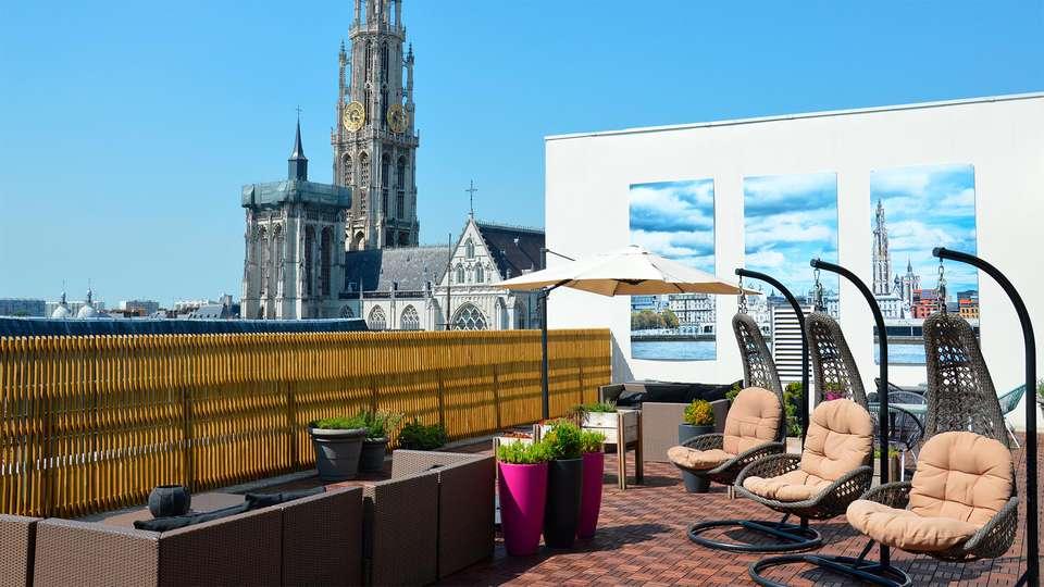 Hilton Antwerp Old Town - EDIT_N2_TERRACE.jpg