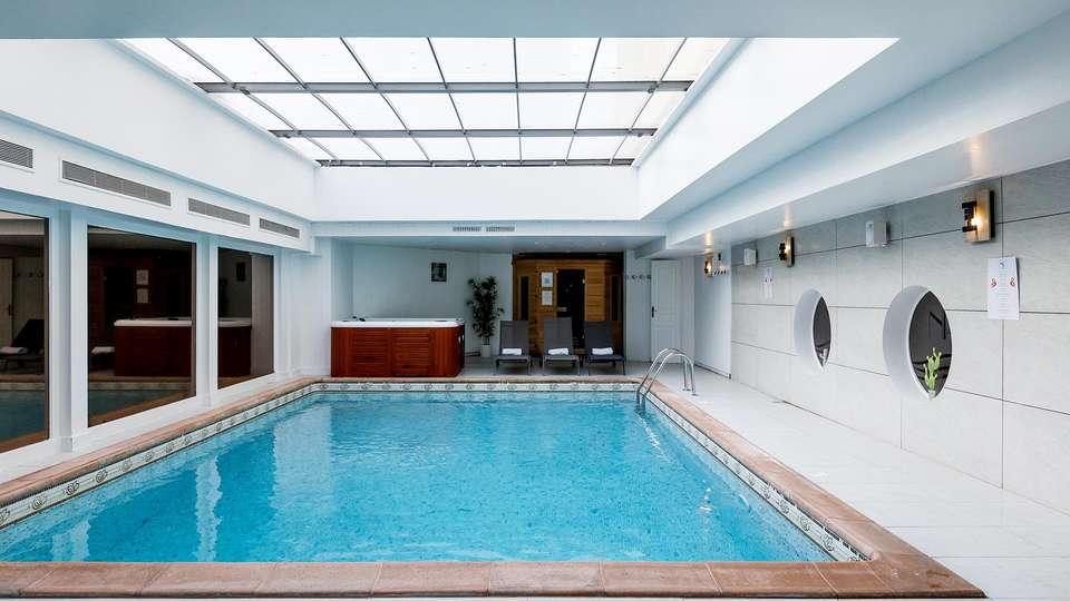 Hôtel Nice Riviera - EDIT_POOL_04.jpg