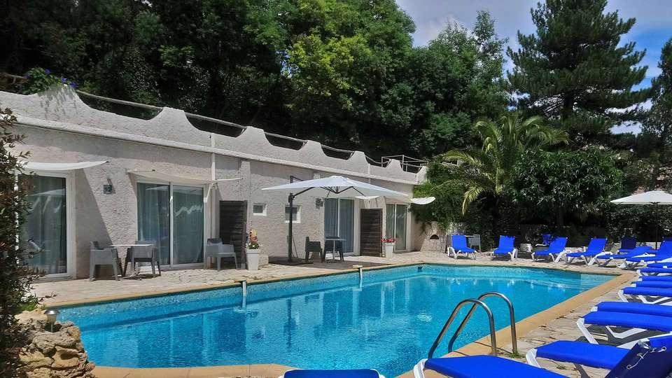 Hotel New Life - Les Jardins de Bormes - EDIT_POOL_03.jpg