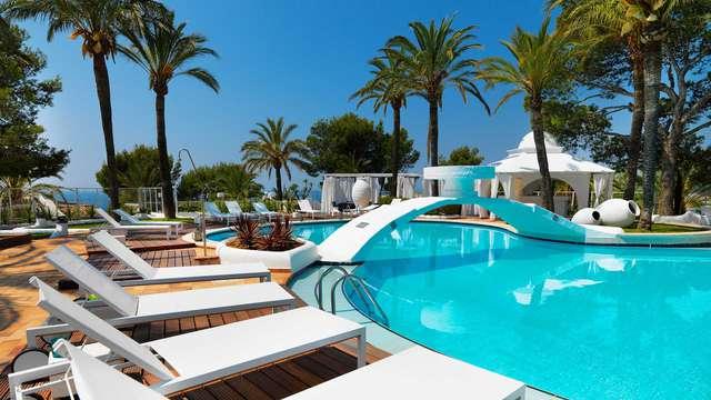 Disfruta de las vistas al Mediterráneo desde tu habitación en Mallorca (no reembolsable)