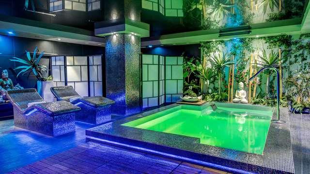 Luxe en ontspanning: toegang tot de spa en suite in hartje Salamanca