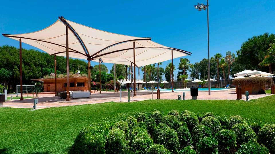 Hotel Jardines de Amaltea - EDIT_EXTERIOR_03.jpg