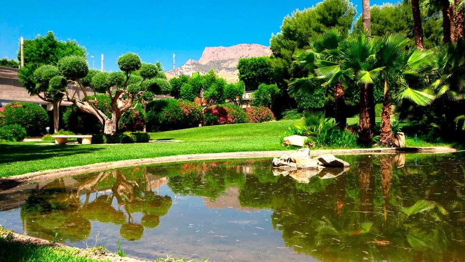 Hotel Jardines de Amaltea - EDIT_EXTERIOR_05.jpg