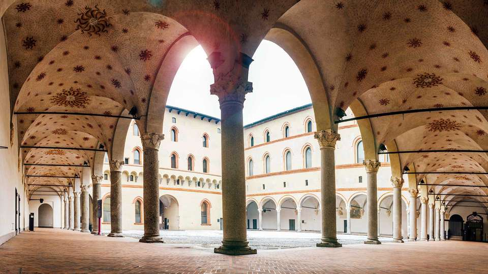 Enterprise Hotel Design & Boutique - EDIT_CASTELLO-SFORZESCO_02.jpg