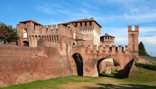 Visita el imponente Castillo Sforzesco y duerme en una ubicación cómoda a las puertas de Milán
