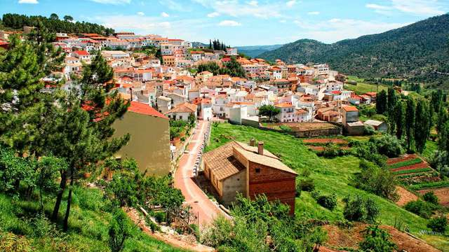 Escapada con cena en el pueblo más alto de Albacete
