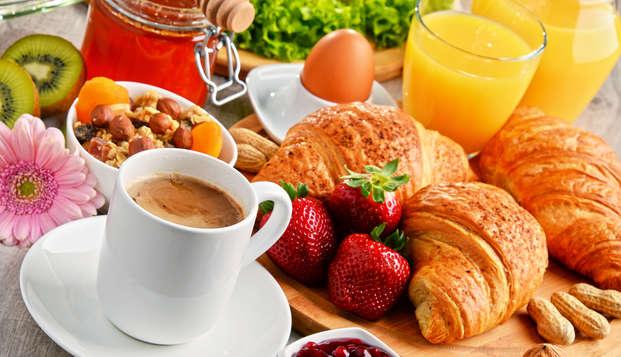 Escapada con desayuno incluido cerca del casco antiguo y de la oficina de turismo de Celanova