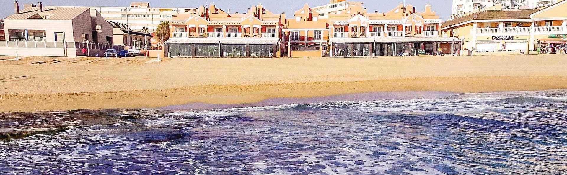 Lloyds Beach Club - EDIT_N2_DESTINATION_01.jpg