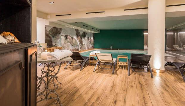 Relax sul litorale ligure in un palazzo ottocentesco con spa e massaggio!