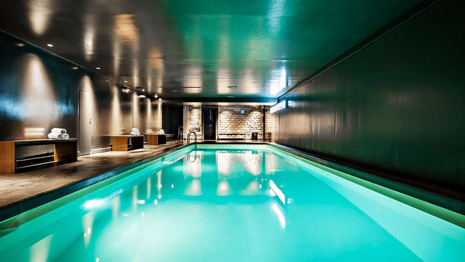 Saint James Albany Paris Hotel Spa - EDIT_NEW_POOL_01.jpg