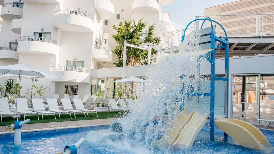 Villa Luz Family Gourmet & All Exclusive Hotel - EDIT_POOL_02.jpg