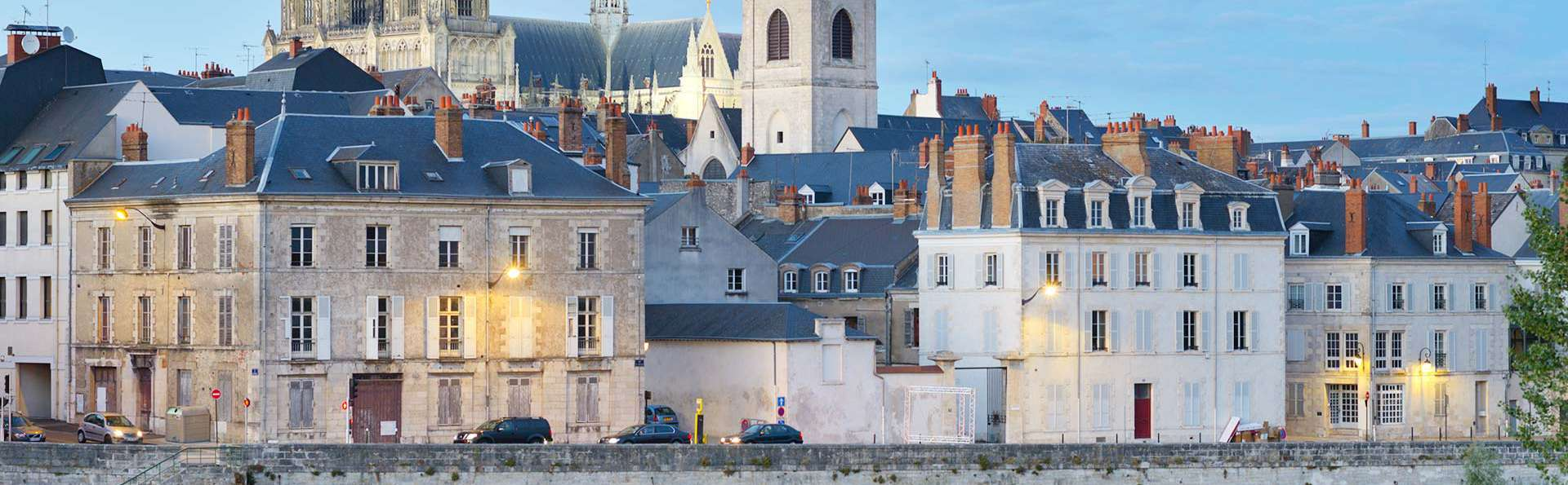 Romantisme sous le signe de l'élégance à deux pas d'Orléans