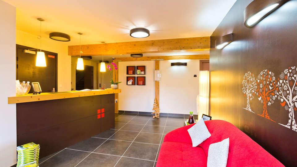 La Croix de Savoie & Spa - EDIT_LOBBY_01.jpg
