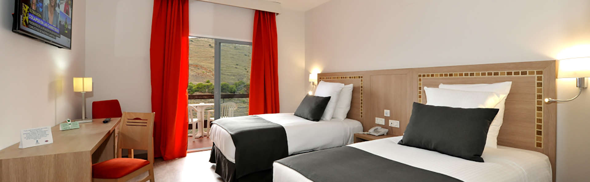 Hotel Salobreña suites - EDIT_N2_DOBLESUP_ROOM_01.jpg