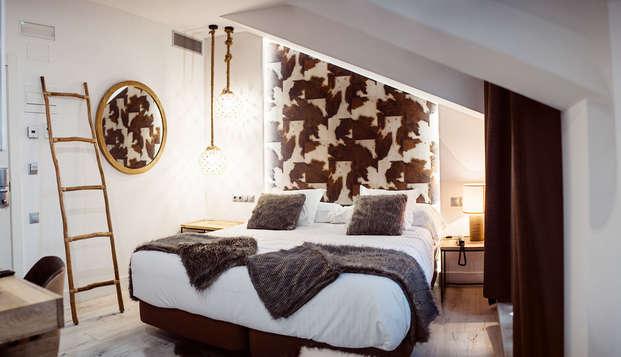 Escapada romántica en Santillana del Mar con jacuzzi en la habitación, baño aromático y cava