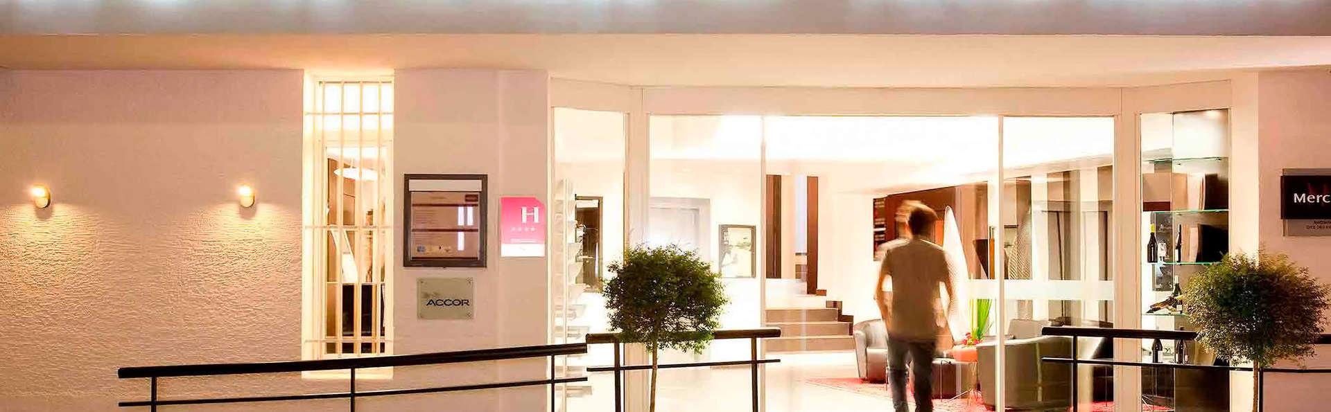 Hôtel Mercure Palais des Papes - EDIT_FRONT_01.jpg