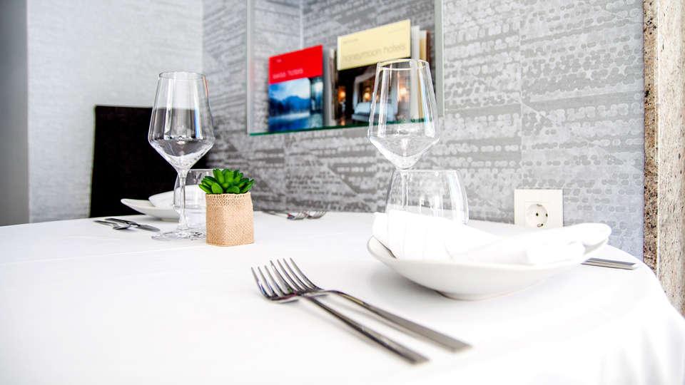 Morada da Moa - Edit_Restaurant.jpg