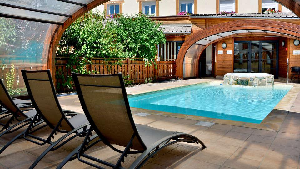 Hôtel Les Autanes - EDIT_NEW_POOL.jpg
