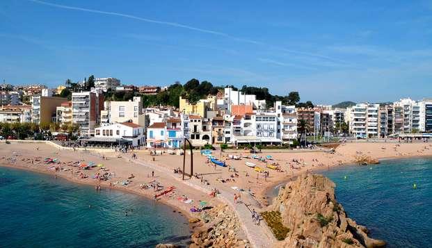 ¡En la playa de Malgrat de Mar con niño incluido!