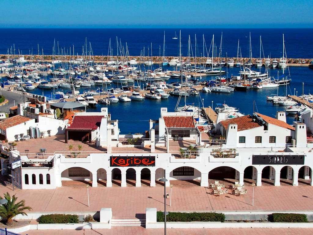 Séjour Espagne - Vue méditerranéenne depuis les rues typiques de la vieille ville d'Almería  - 4*