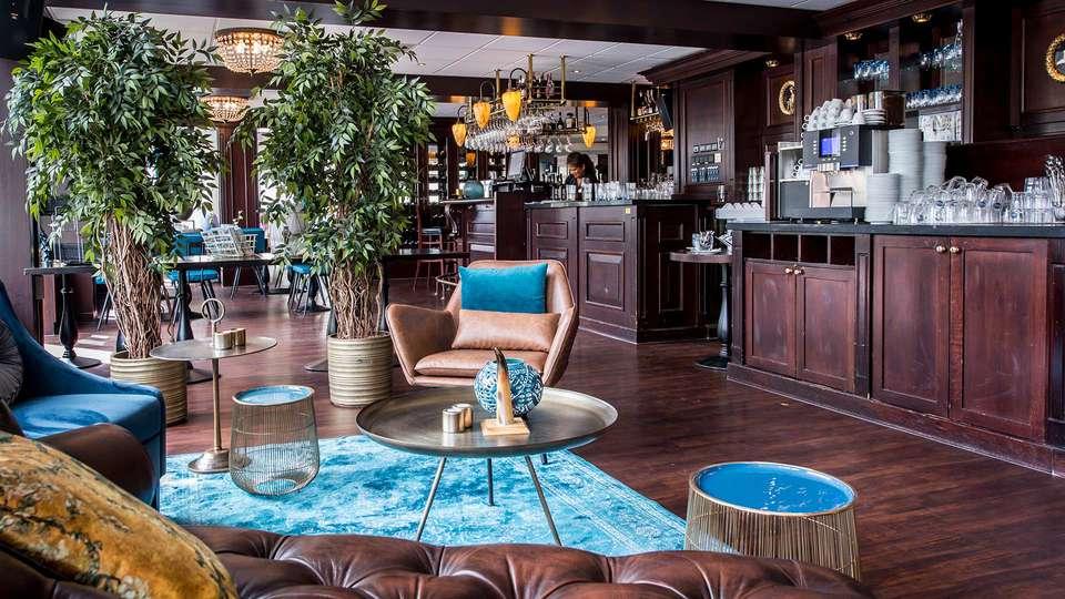 Amadore Hotel Restaurant Arneville - EDIT_N2_BAR_01.jpg