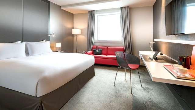Relájate en un hotel de 5* en las puertas de París (desde 2 noches)