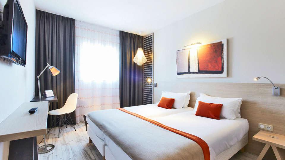 Kyriad Prestige Vannes centre palais des arts - EDIT_ROOM_01.jpg