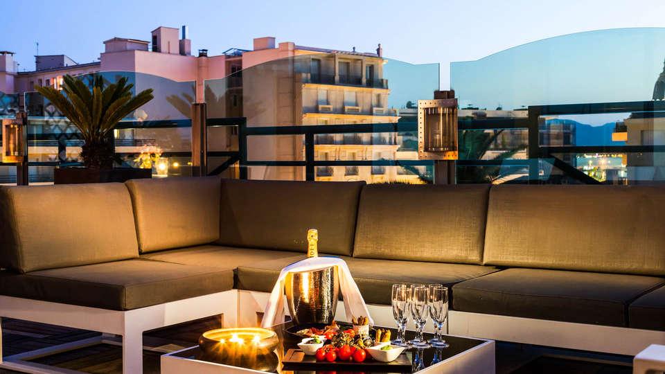 Clarion Suites Cannes Croisette - Edit_NEW_SUITE_PRESIDENTIELLE-9__1_.jpg