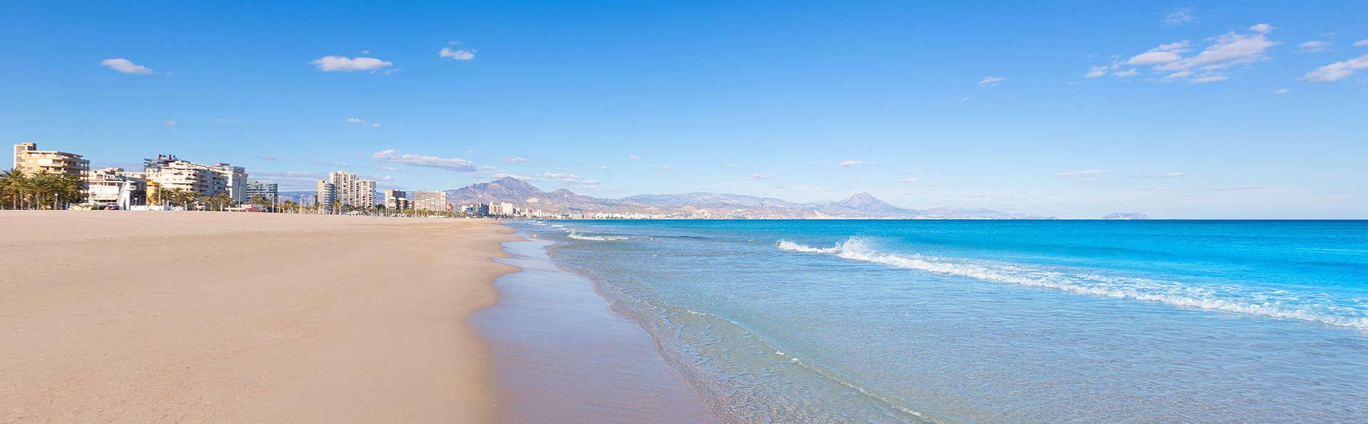 Disfruta de los colores del mediterráneo en la ociosa Benidorm