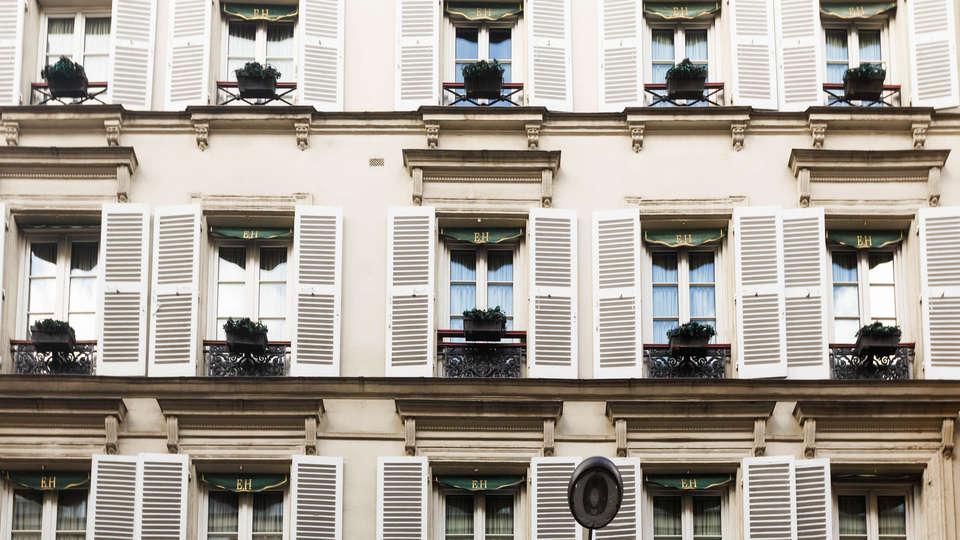 Elysées Hôtel - Edit_DEVANTURE.jpg