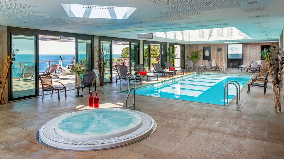 L'Agapa Hotel Spa Nuxe - EDIT_N2_POOL_04.jpg