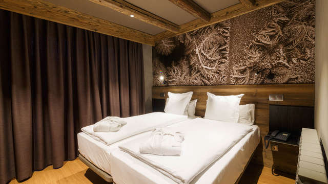 1 noche en suite vista a la montaña para 2 adultos