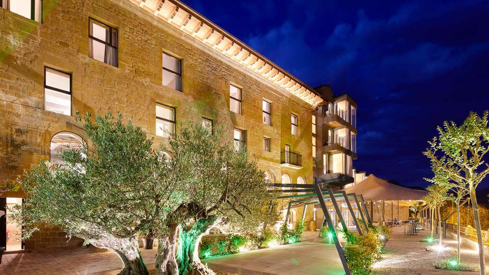 Hotel Palacio Tondón - Edit_Front-2.jpg