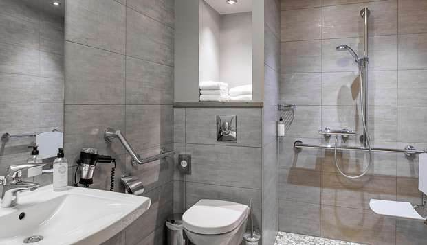 Best Western Grand Hotel de Bordeaux - NEW BATHROOM