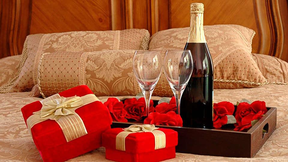 Saint James Albany Paris Hotel Spa - EDIT_N2_ROMANCE_02.jpg