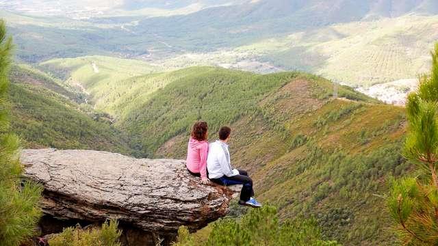 Escapada en media pensión con ruta ornitológica por Sierra de Gata (desde 2 noches)