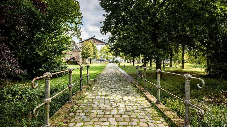 Sandton Château de Raay - EDIT_N2_EXTERIOR_03.jpg