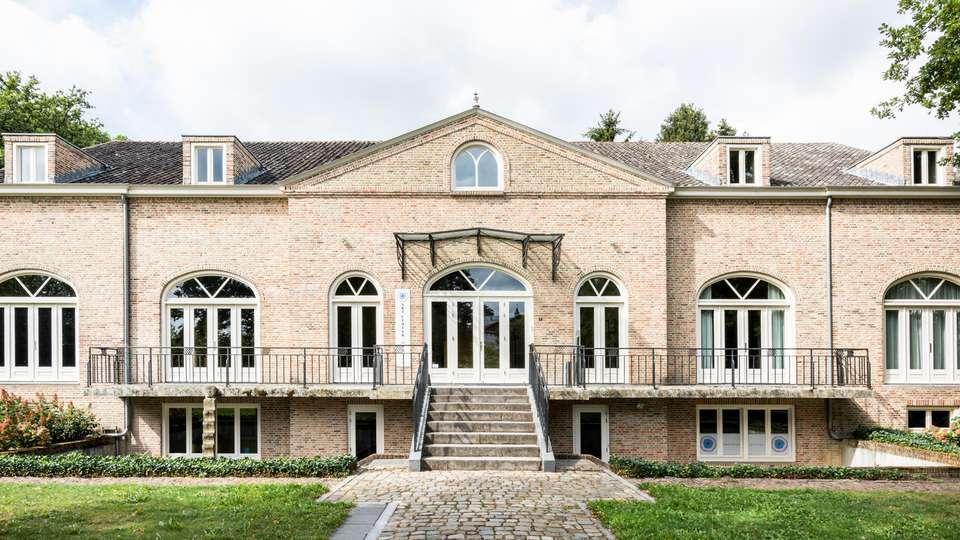 Sandton Château de Raay - EDIT_N2_EXTERIOR_04.jpg