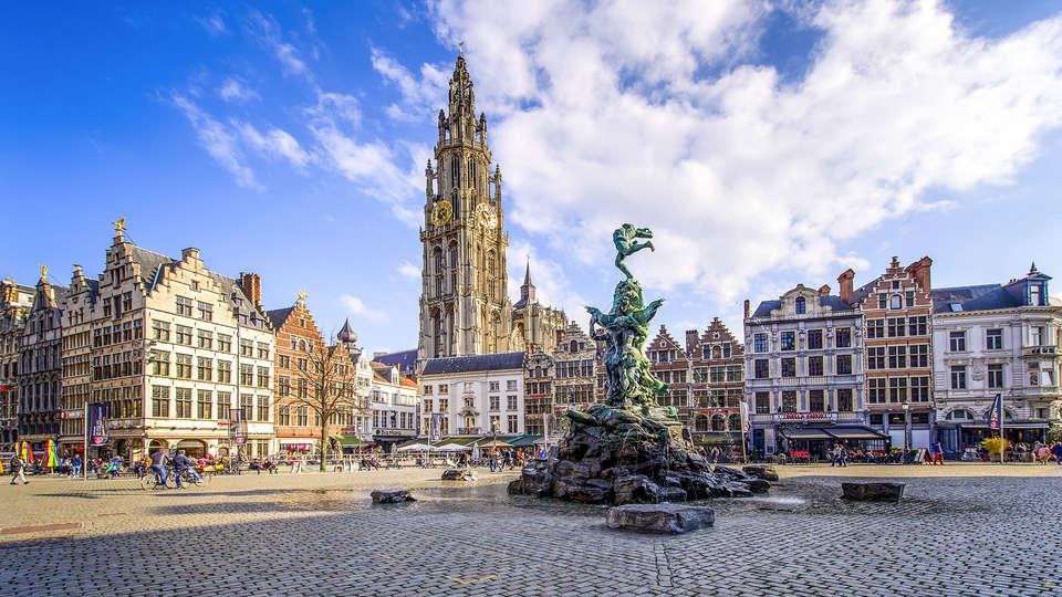 Century Hotel Antwerpen Centrum - EDIT_ANTWERP.jpg