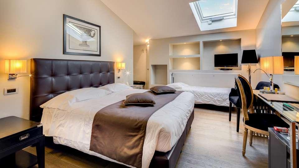 Hotel Roma - EDIT_NEW_ROOM_06.jpg