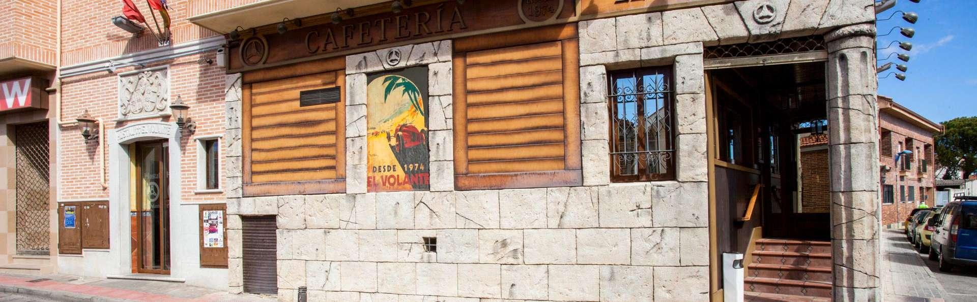 Hostal- Restaurante El Volante - EDIT_FRONT_01.jpg