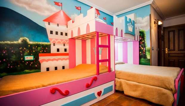 Especial familia: duerme en un palacio o un barco pirata con desayuno incluido