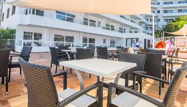 Mallorca infinita con alojamiento en habitación con vistas al mar en un hotel 3*