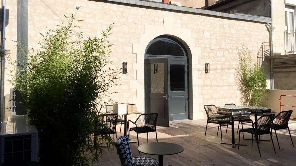 The Originals Boutique, Hôtel Le Londres, Saumur (Qualys-Hotel) - EDIT_NEW_TERRACE_02.jpg